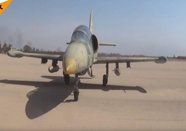 代尔祖尔军用机场昨日接纳首批飞机