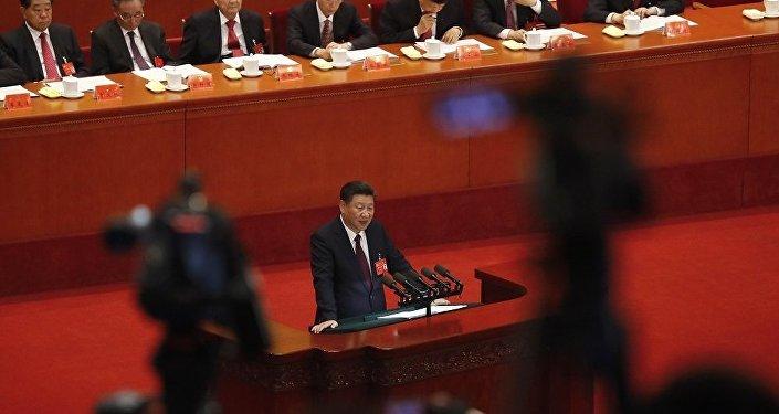 习近平建议发展中国家借鉴中国现代化模式