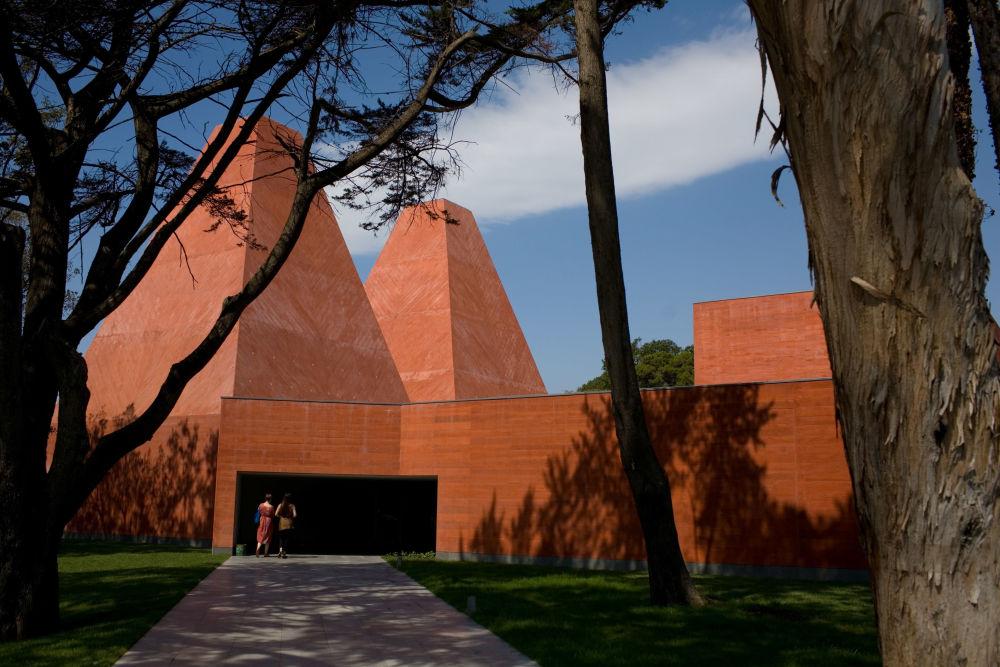 在里斯本的保拉瑞哥历史博物馆(Casa das Histórias Paula Rego)