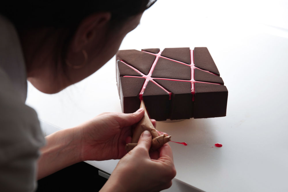 乌克兰建筑师迪娜拉•卡西科制作的蛋糕