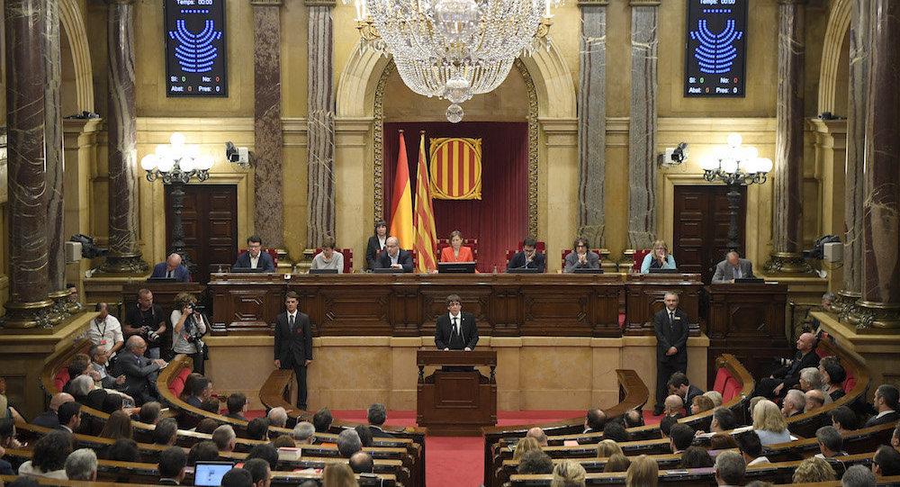 西班牙内阁决定解除加泰罗尼亚自治区政府首脑和顾问的职务