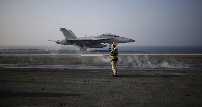 日本外务省要求美方提供两架美军机坠毁信息