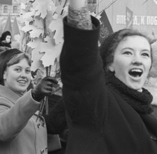 逾半数俄罗斯人未听说过自己家族在十月革命前后的生活情况