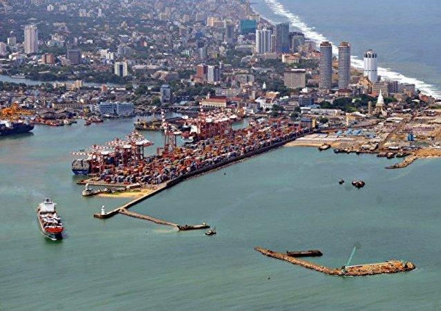 斯里兰卡首都一座仓库发生倒塌造成至少7人死亡