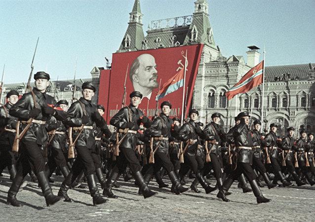十月革命100週年