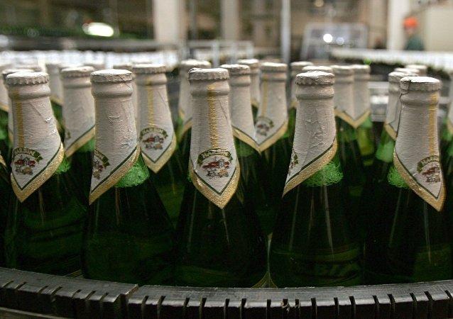 哈尔滨啤酒(图片资料)