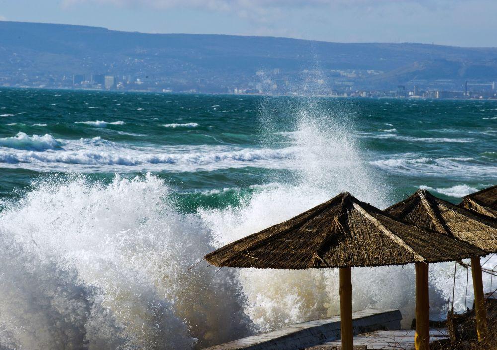 黑海風暴,費奧多西亞