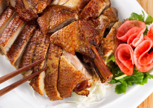 访华俄联邦委员会主席自称是中国美食的粉丝