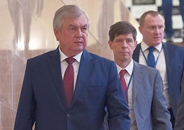 亚历山大•拉夫连季耶夫