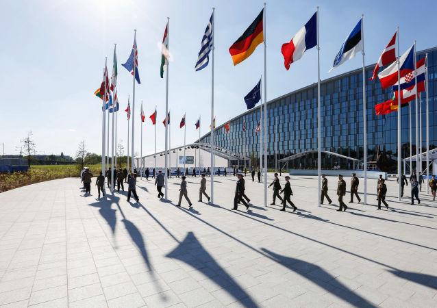 除北约成员国领导人外还有55个代表团参加峰会