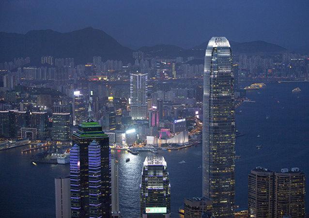 中国央行行长:中国央行尊重香港特别行政区在财政货币问题上的选择