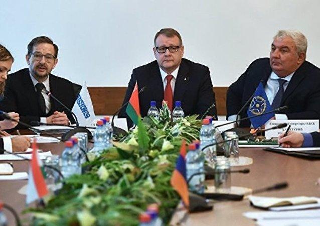 欧安组织新秘书长呼吁优先发展与集体安全条约组织的伙伴关系