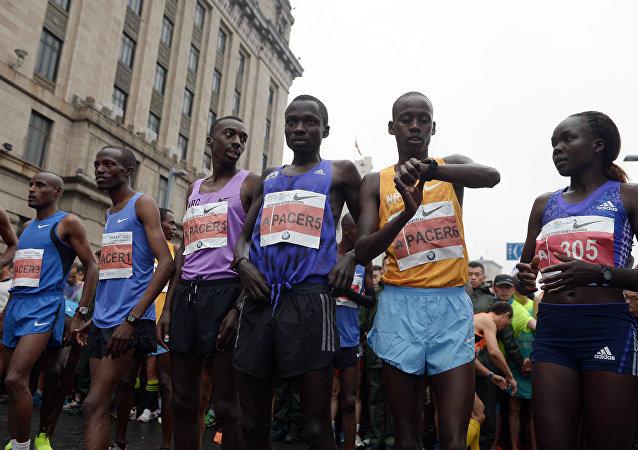 埃塞俄比亞田徑運動員在上合組織男子馬拉松賽中創下新紀錄