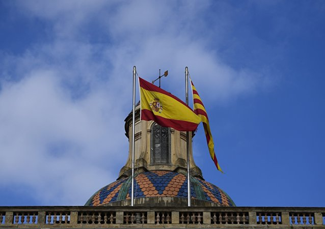 巴塞羅那舉行集會抗議西班牙國王來訪 約20人受傷