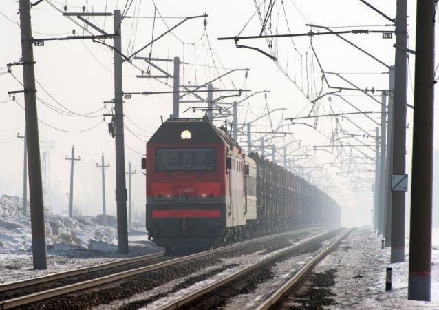 俄遠東鐵路近港口站點2017年車廂裝卸量破紀錄
