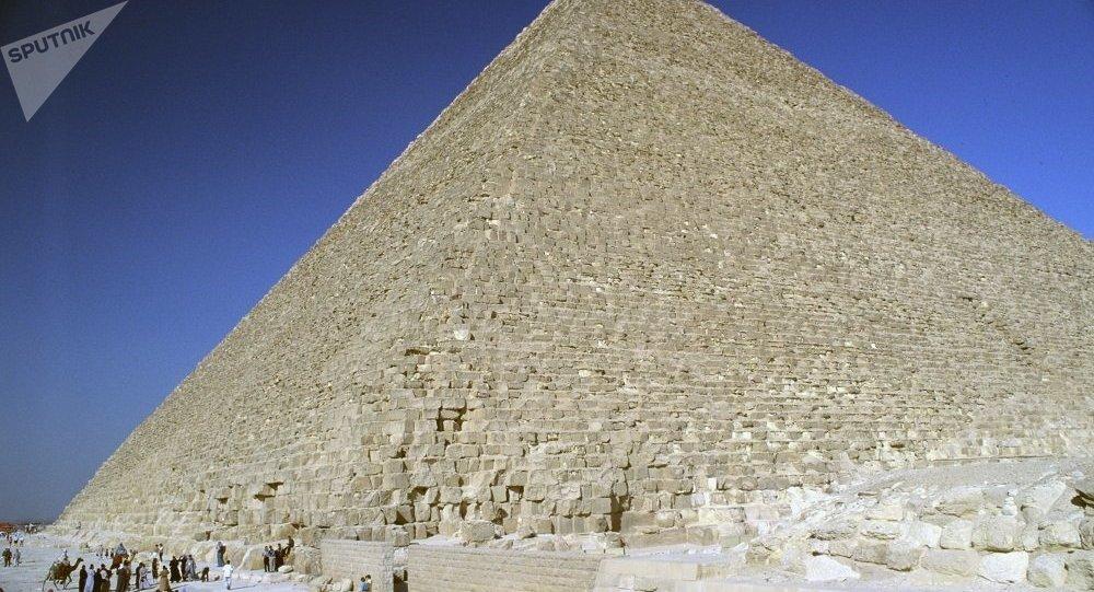 在胡夫金字塔内发现一个神秘房间