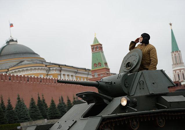 纪念1941年红场阅兵76周年大阅兵