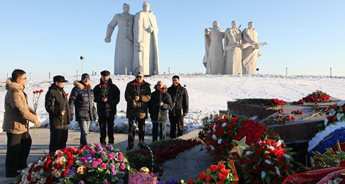 背後是莫斯科:蘇軍潘菲洛夫28勇士紀念碑