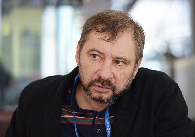 俄新社記者扎哈爾·維諾格拉德夫