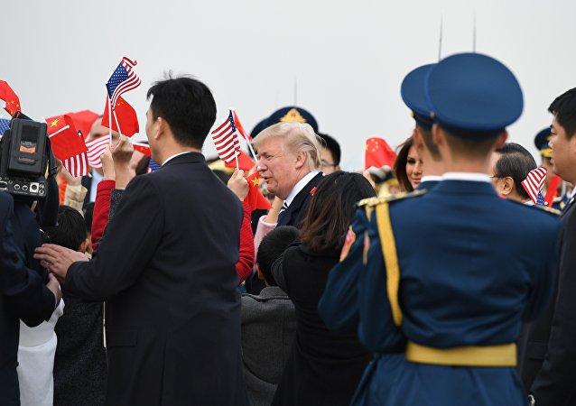 特朗普抵京,开始对中国进行首次国事访问