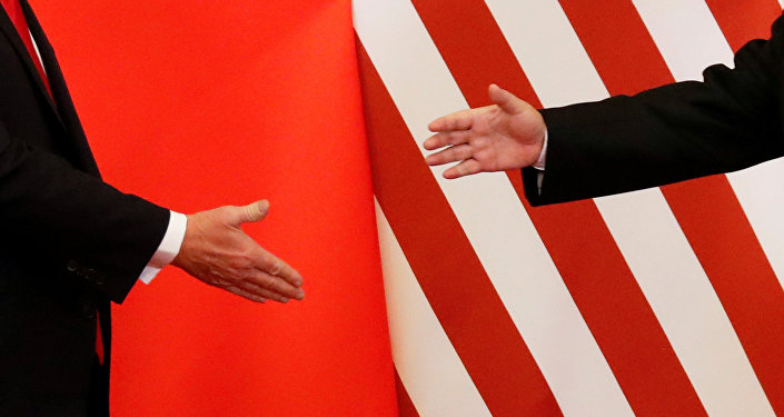 观察家们认为,美国已将其在亚洲的亚-太战略演化为印-太战略,以冲淡中国在亚太地区的支配性地位。同时,也借助于印度对中国的强化平衡作用。上个月,日本外务大臣河野太郎把该想法定义为四方阵。
