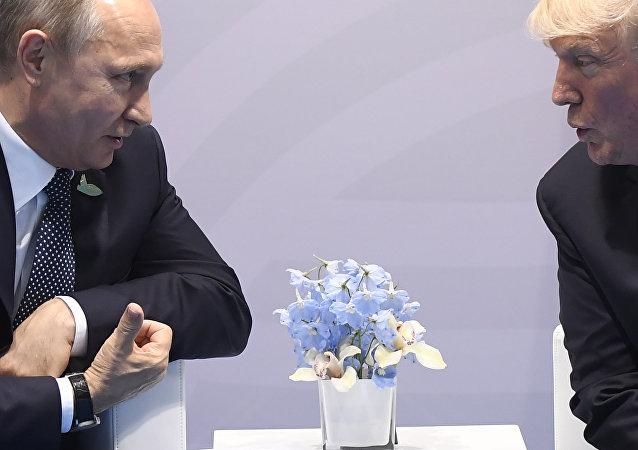 超三成俄公民期待俄美总统会晤取得积极成果