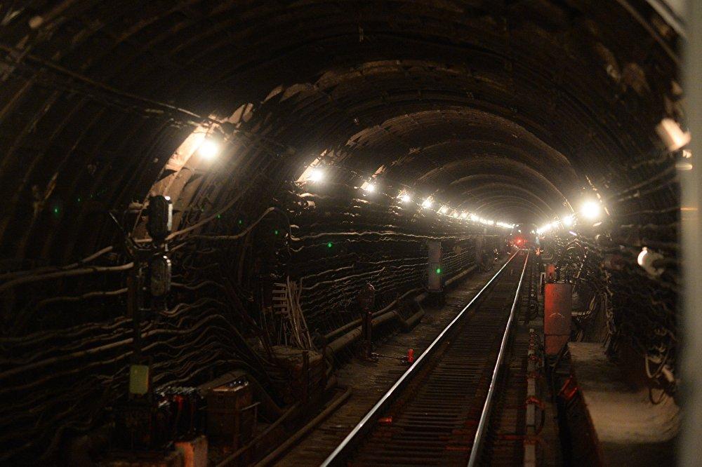 Туннель московского метрополитена