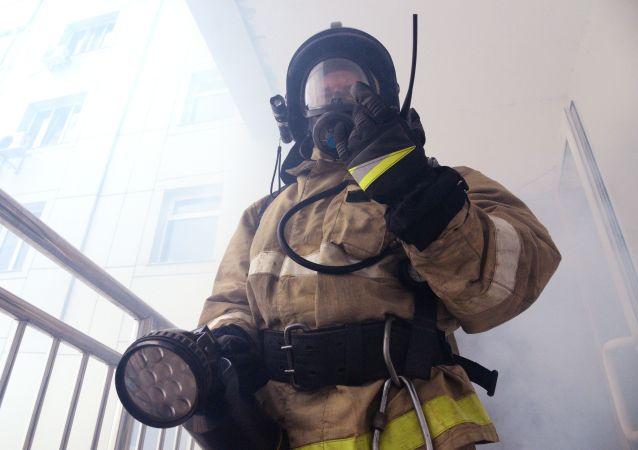消息人士:莫斯科西北部印刷厂着火 大约30人被疏散