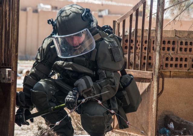 俄國防部:俄在敘工兵一周內排除1700余件爆炸物