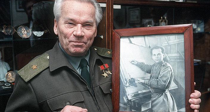 米哈伊爾·卡拉什尼科夫