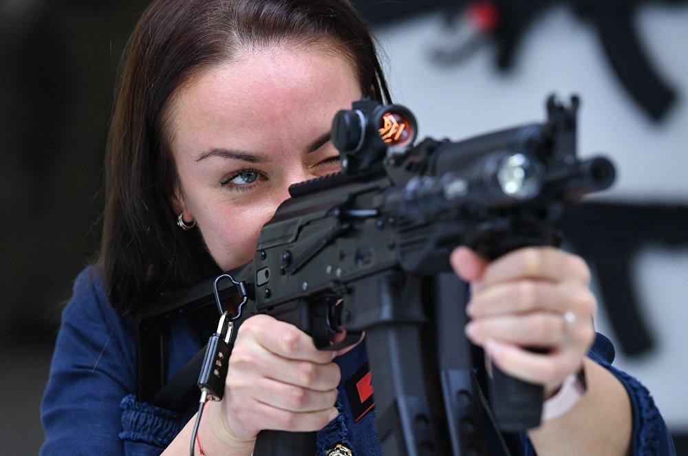 著名枪械公司-卡拉什尼科夫公司新产品推介会