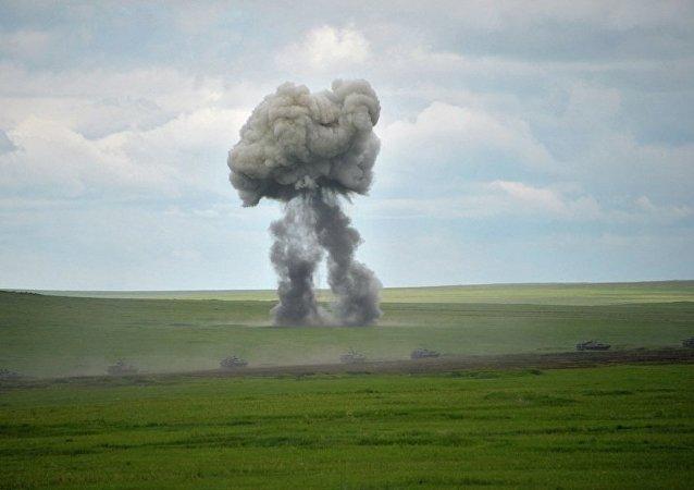 俄外贝加尔弹药自爆导致军人2死5伤