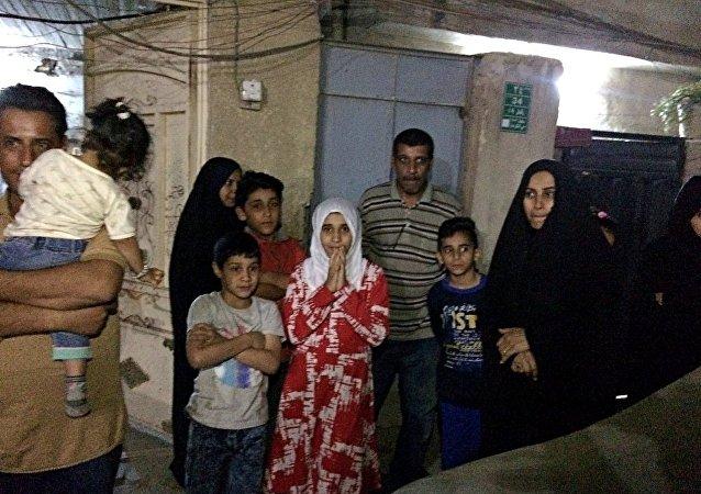 伊朗地震造成约7万人流离失所