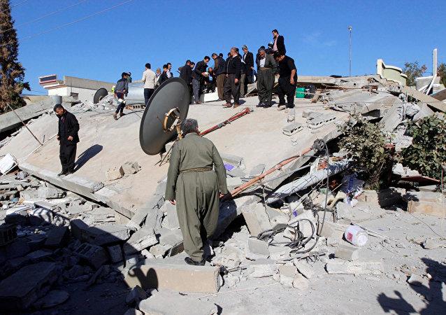 媒体:伊朗地震遇难者人数升至474人