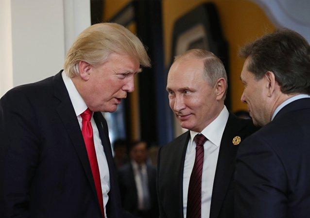 特朗普祝賀普京出任總統,期望改善俄美關係