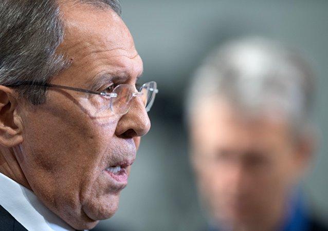 俄土外长讨论双边关系和国际问题