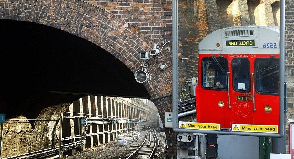 倫敦火車站手提箱失竊內藏珠寶價值百萬英鎊
