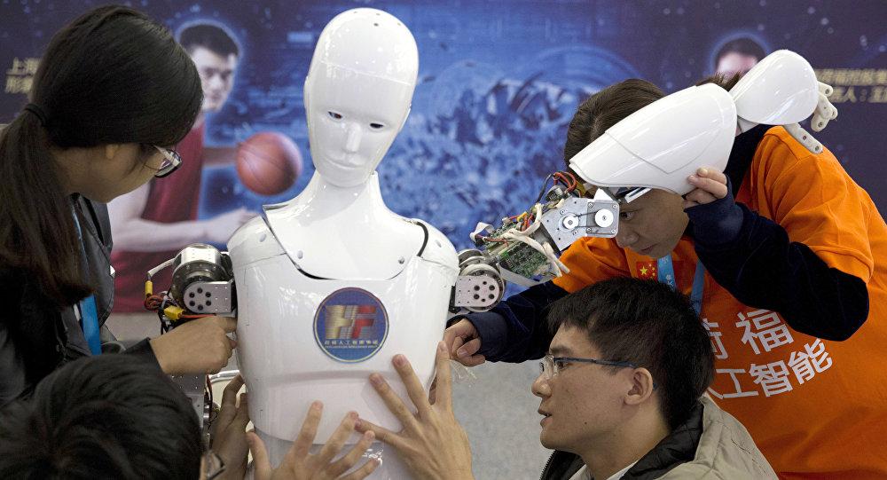 调查:美国民众担心中国将在人工智能领域赶超美国