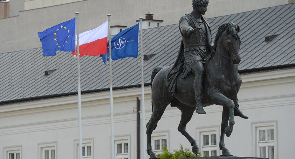 欧洲议会提议针对波兰启动欧盟制裁机制