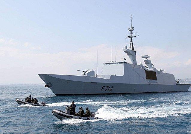 一艘法國隱形護衛艦現身黑海