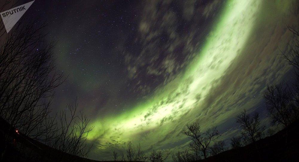俄旅游署邀请中国游客到北极看极光