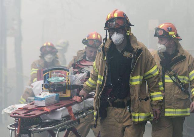 美國消防隊員
