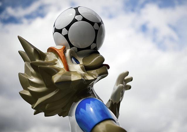俄將推出瓷制世界杯獎杯紀念品