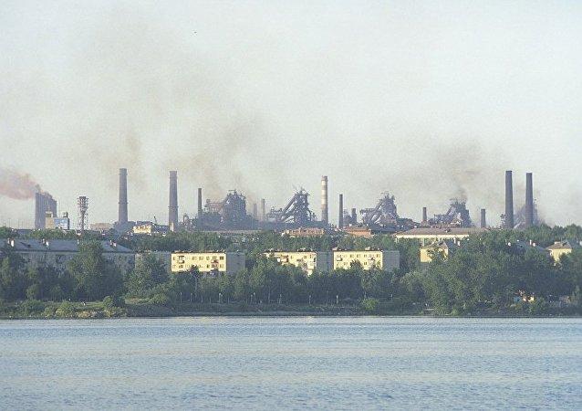 俄水文气象与环境监测局9月底曾在乌拉尔地区和伏尔加河流域检测到钌-106