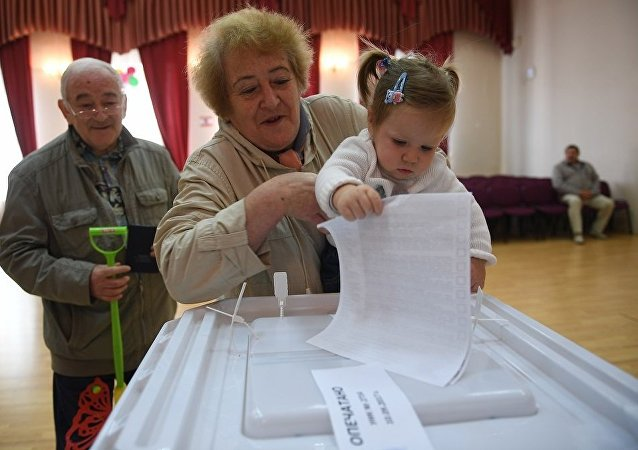民调:超过60%的俄罗斯人确定参加总统选举