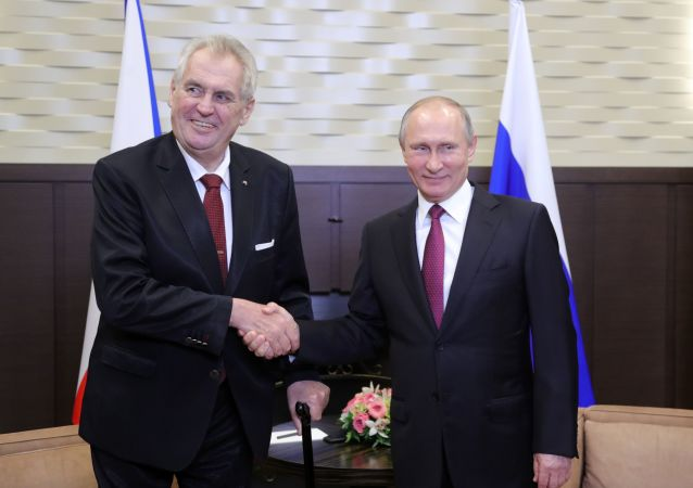捷克總統澤曼重申自己反對歐盟制裁俄羅斯