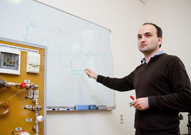 南烏拉爾國立大學正在研究在熱力發電廠中使用太陽能集熱器的方法