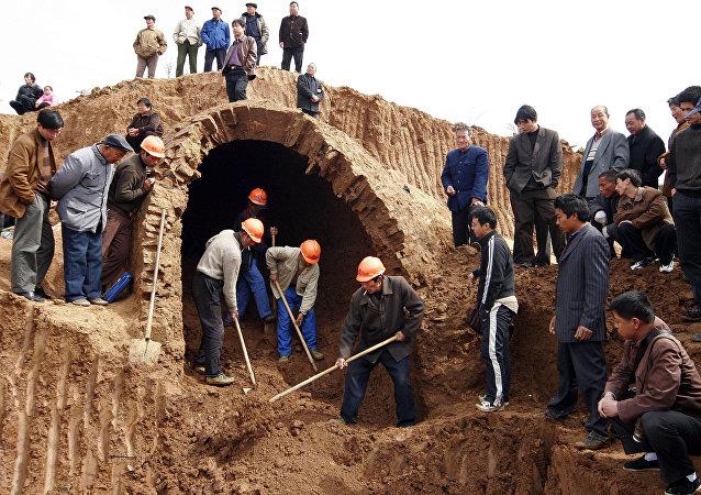中国为吉尔吉斯斯坦考古发掘和道路维修拨款4.5亿元人民币