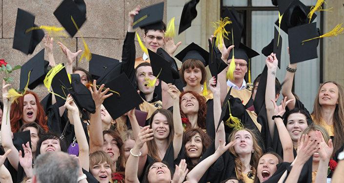 俄高校計劃2021年前開始頒發電子文憑