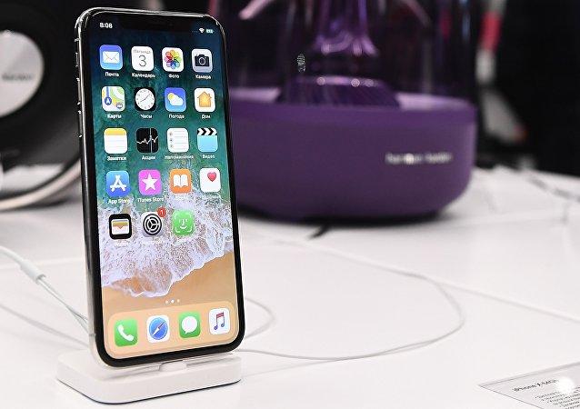 新款苹果手机iPhone X被爆发现又一缺陷
